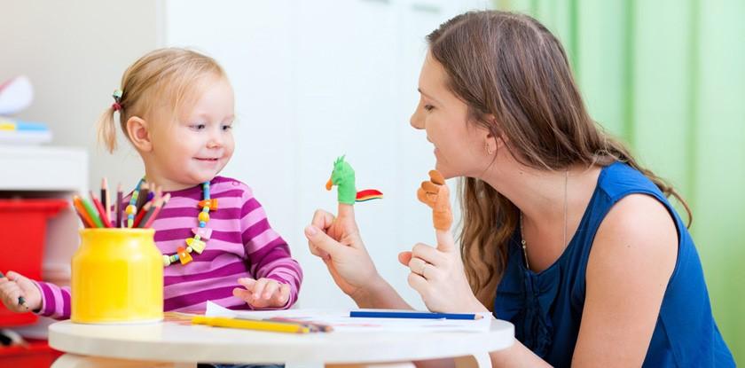 Грамотная речь, богатый словарный запас и другие преимущества занятий с логопедом для детей